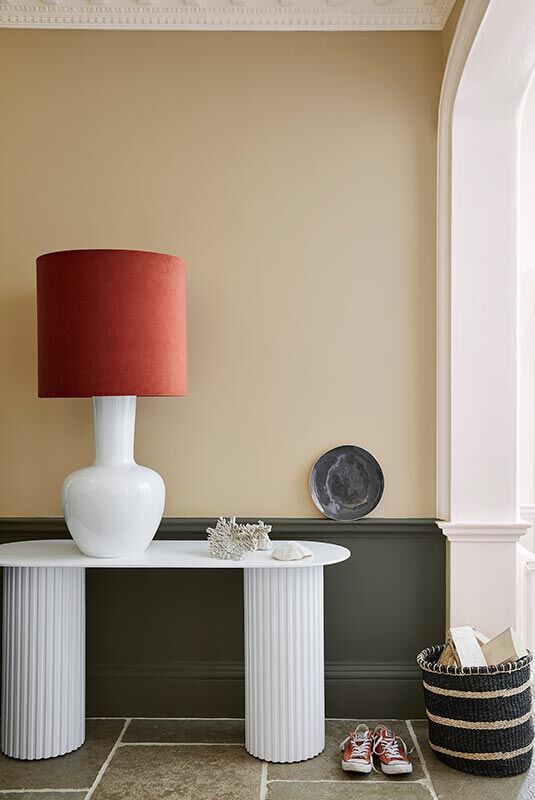 Little Greene: Lute #317, Pompeian Ash #293 und Slaked Lime#105